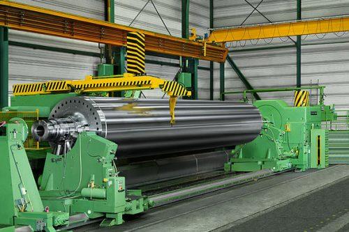 Schleifen einer Papierkalanderwalze | Schleiflänge max. 16.000 mm | Durchmesser max. 2.000 mm