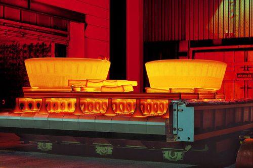 Glühofen für die Einstellung optimaler Werkstoffeigenschaften | Maße des Glühofens: Länge 10.500 mm, Breite 5.000 mm, Höhe 3.000 mm